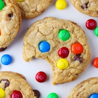 Chewy Chocolate Chip M&M Cookies {VIDEO}