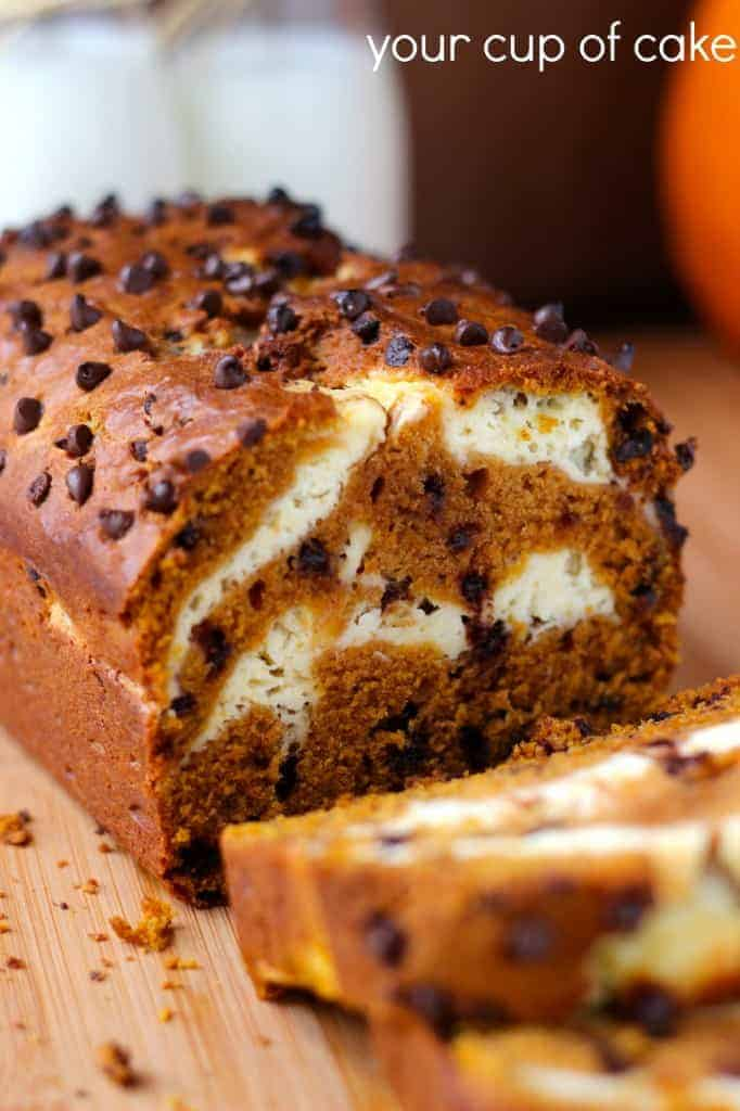 Cream-Cheese-Pumpkin-Bread-with-chocolate-chips-682x1024