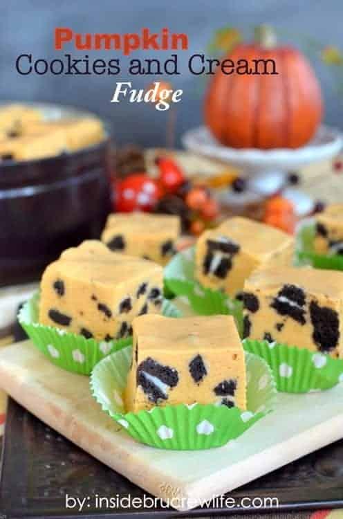 Pumpkin-Cookies-and-Cream-Fudge-title-1