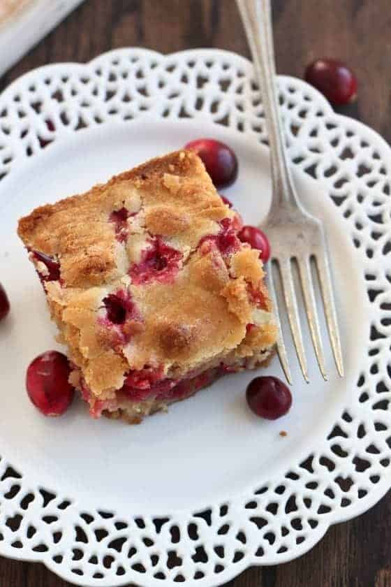 18_cranberry-orange-blondies-58-560x840