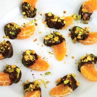 3-Ingredient Chocolate Clementines
