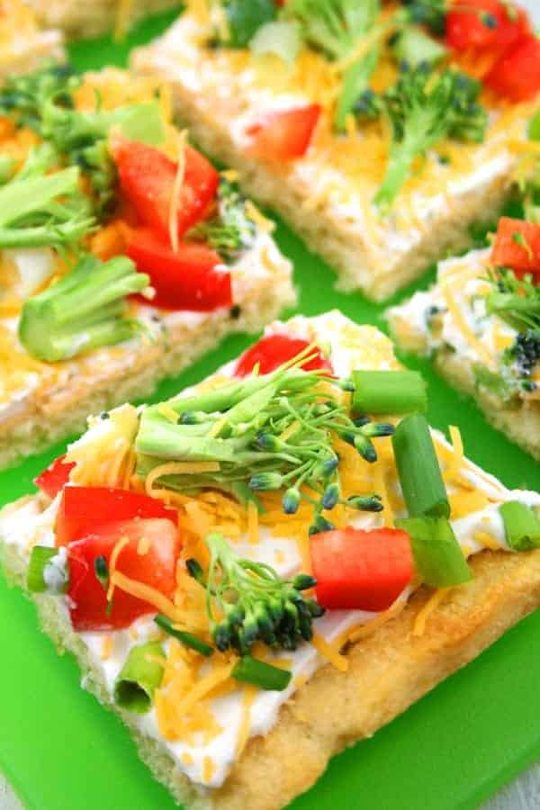 Cold-Veggie-Pizza-Appetizer-Close