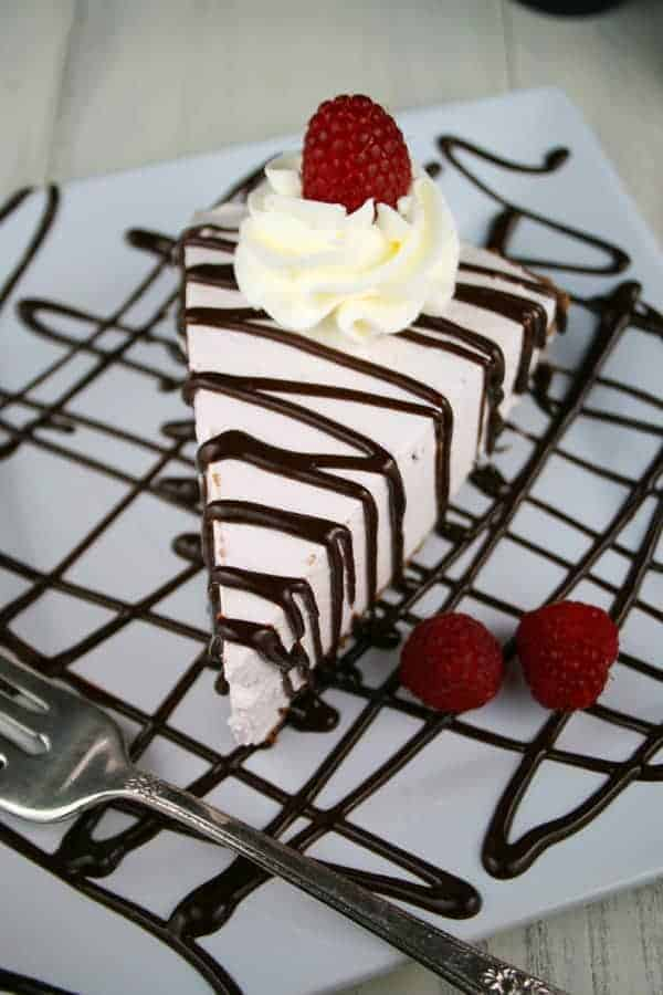 Raspberry-Chocolate-Yogurt-Pie