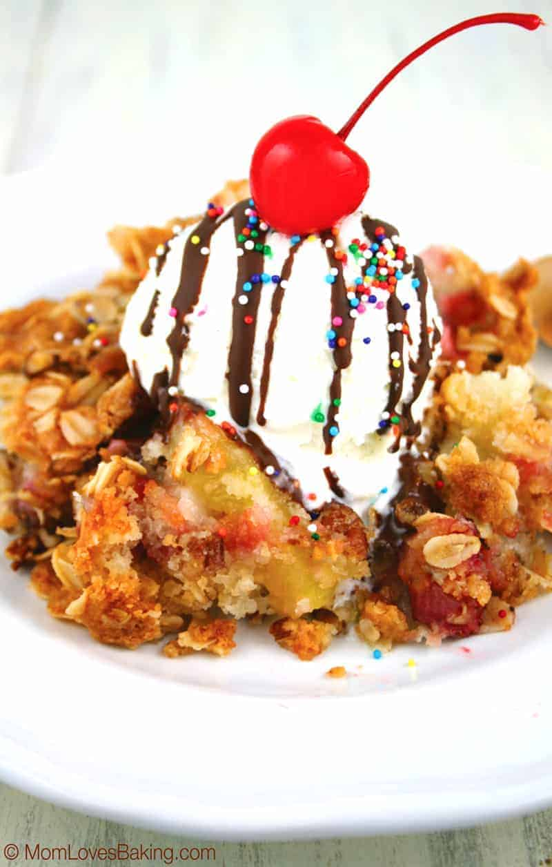 Banana-Split-Cobbler-2