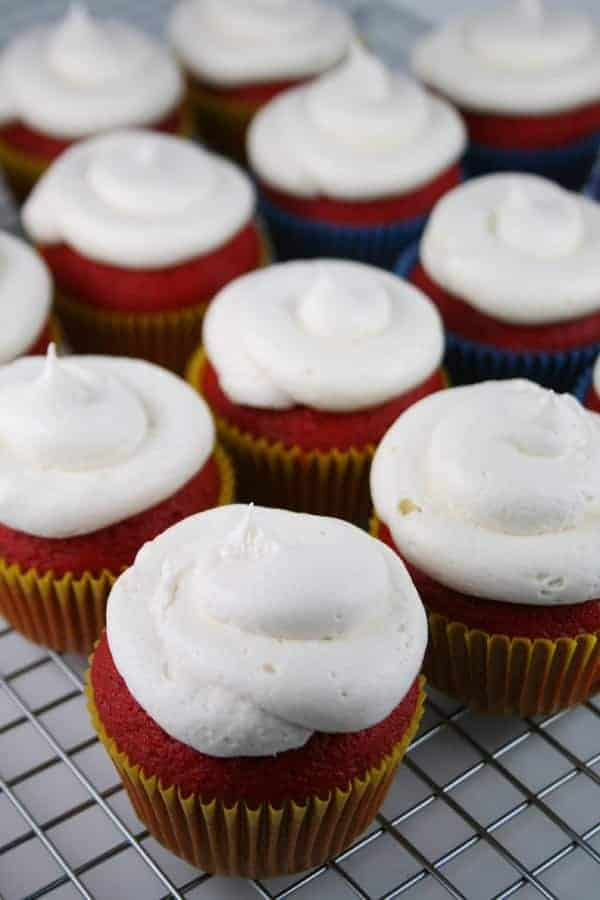 Frosted-Cupcakes