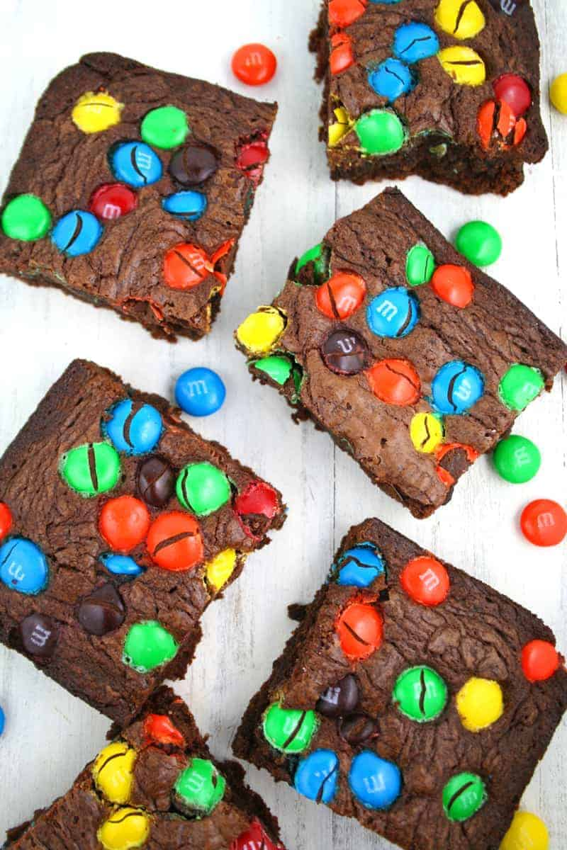 3-Ingredient-M&M-Brownies-4