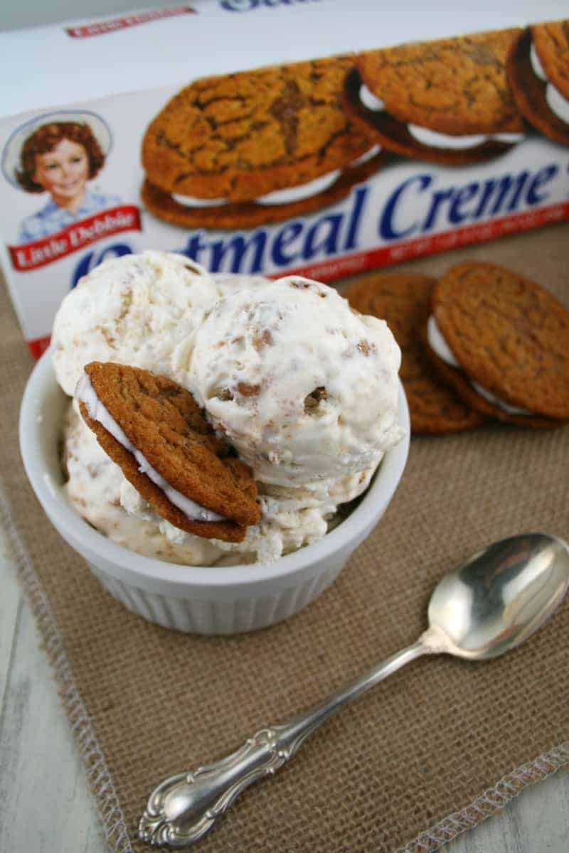 Oatmeal-Creme-Pie-Ice-Cream-9