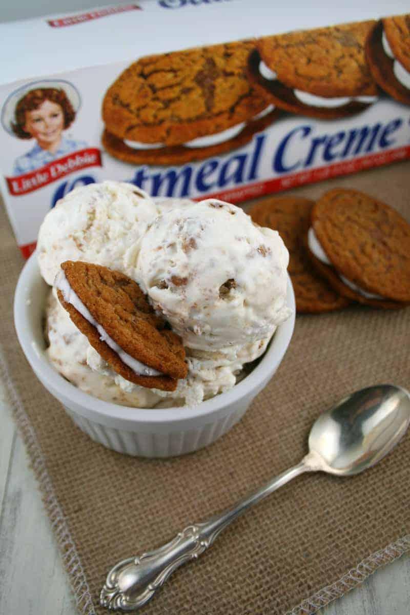 Oatmeal-Creme-Pie-Ice-Cream-9