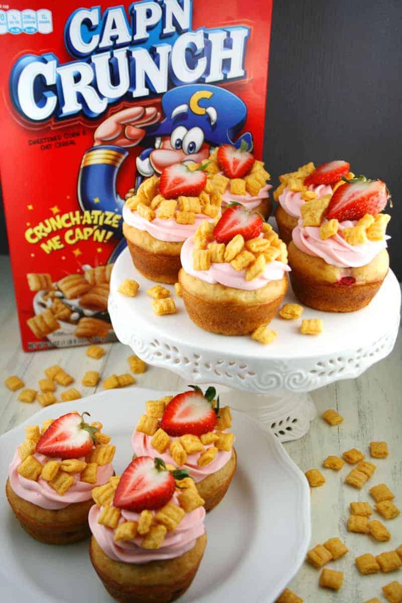 Capn-Crunch-Pancake-Muffins-2