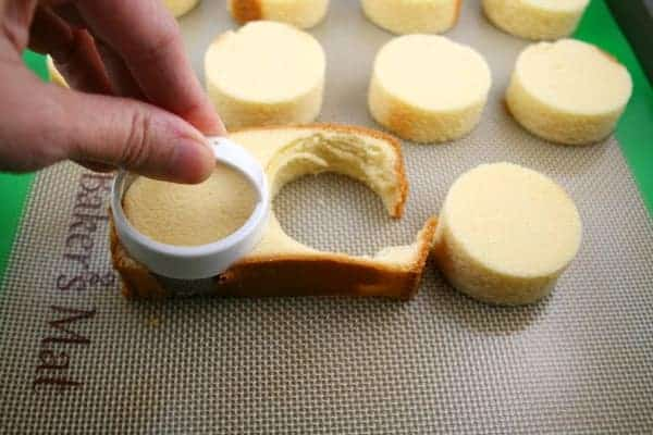 Pound-Cake-Circles