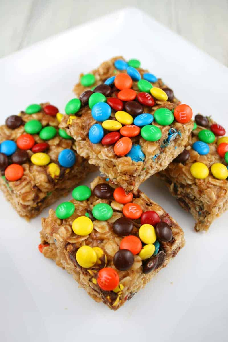 Peanut-Butter-M&M-Oat-Bars-5