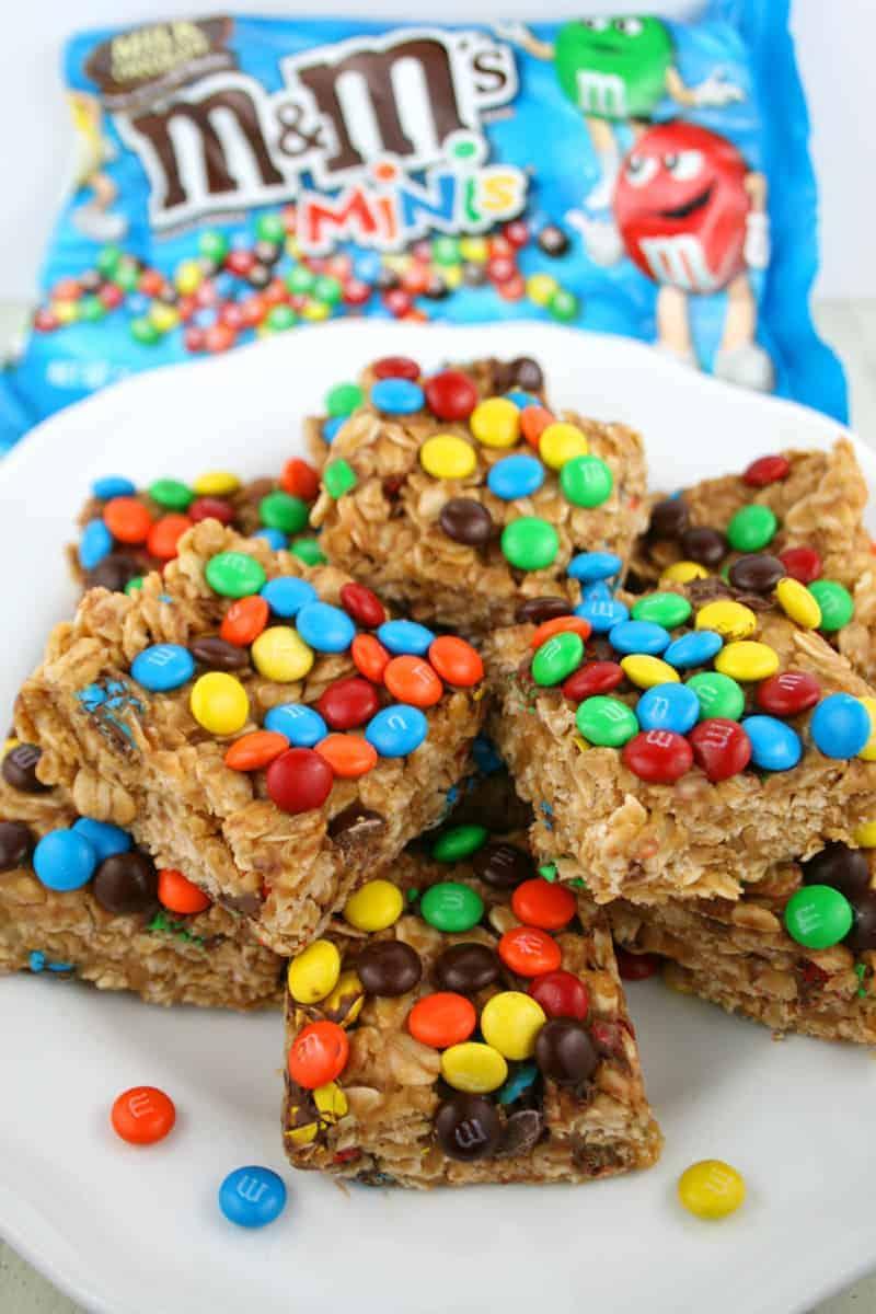Peanut-Butter-M&M-Oat-Bars-7