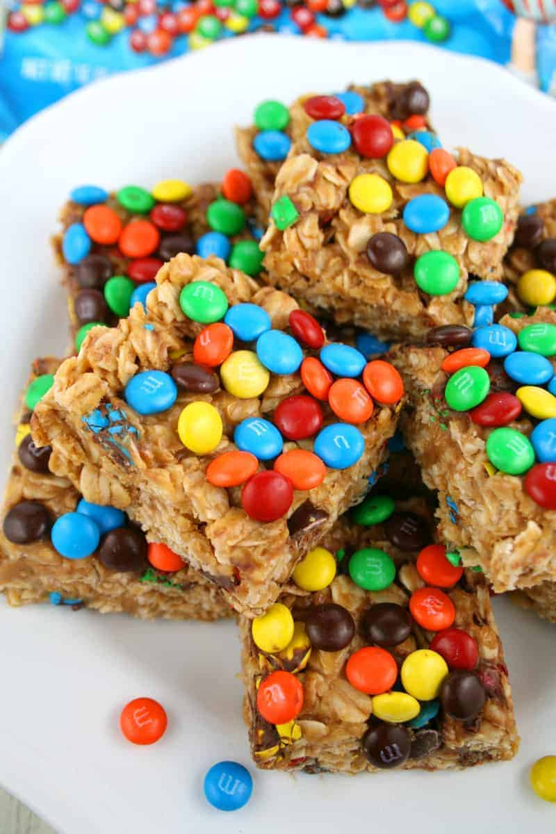 Peanut-Butter-M&M-Oat-Bars-8