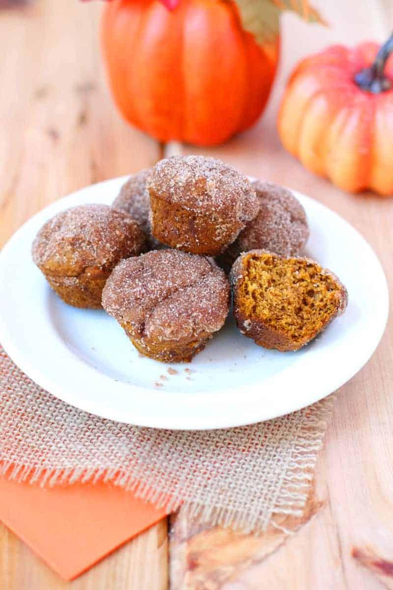 Cinnamon-Spice- Pumpkin-Mini-Muffins-2