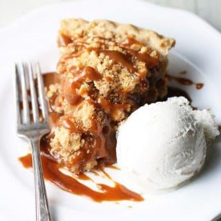 Apple Pie with Pumpkin Caramel Sauce