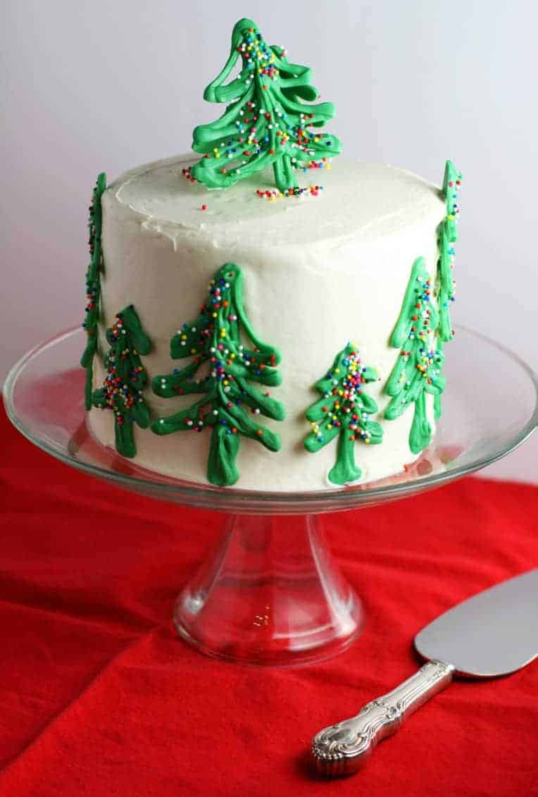Chocolate Trees Cake Decoration : Chocolate Christmas Tree Cake - Mom Loves Baking