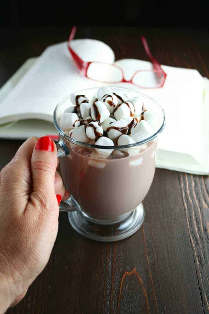 Hot Chocolate Milk and Cookies - Mom Loves Baking
