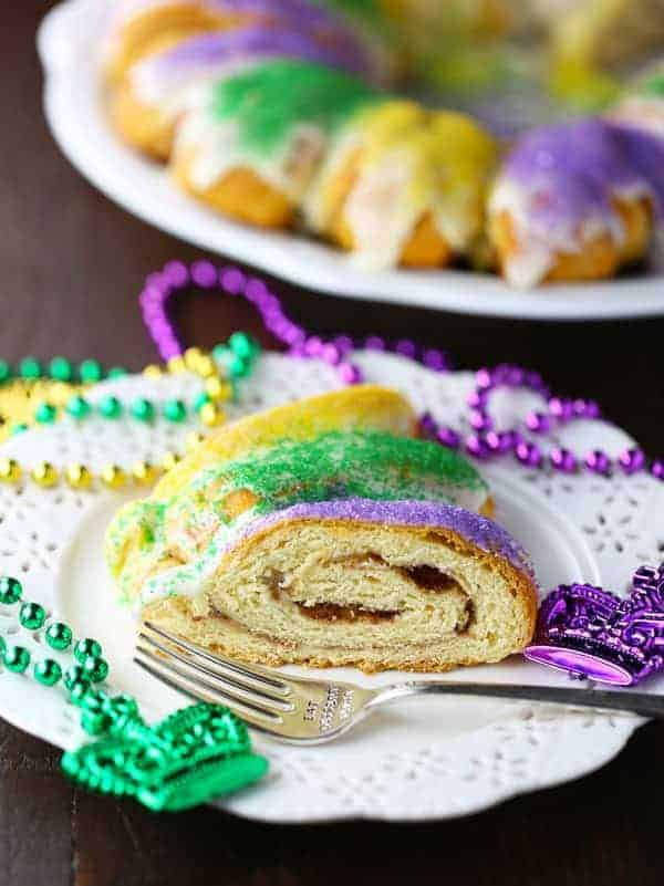 Easy King Cake With Cinnamon Rolls