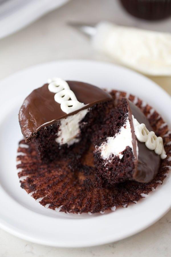 Copycat Hostess Cupcakes