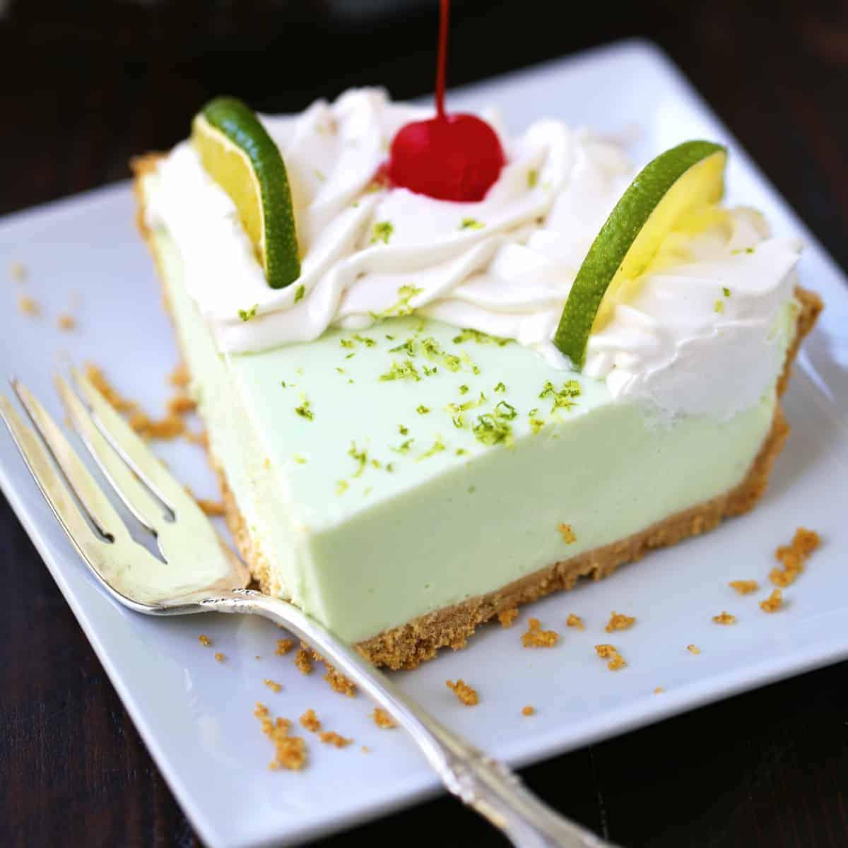 No Bake Key Lime Yogurt Pie