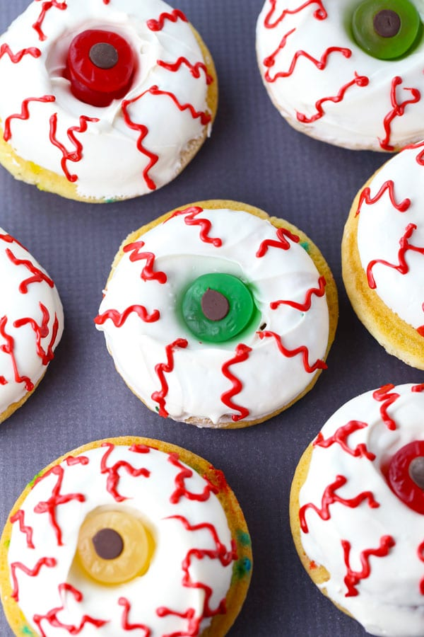 How to make scary good halloween donuts