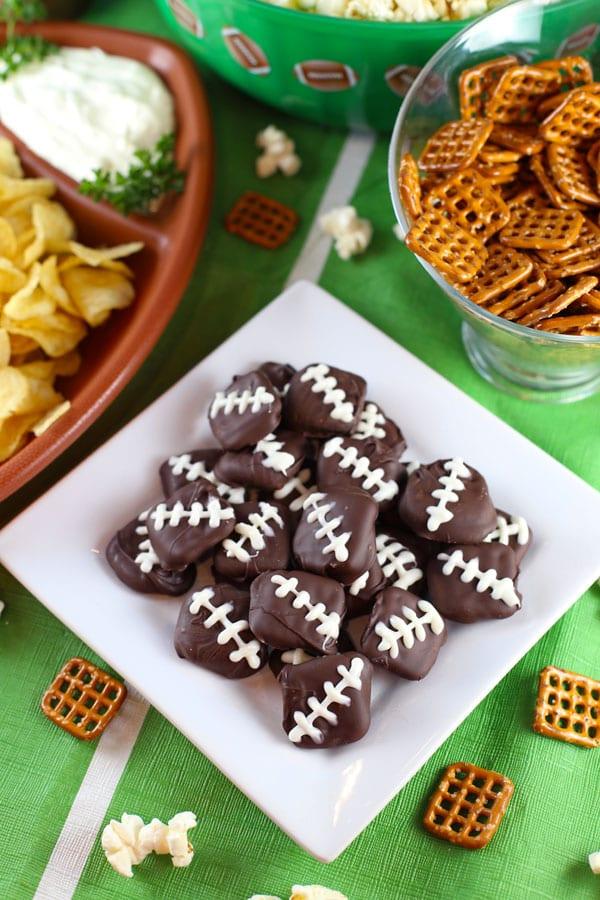 Game day pretzel footballs