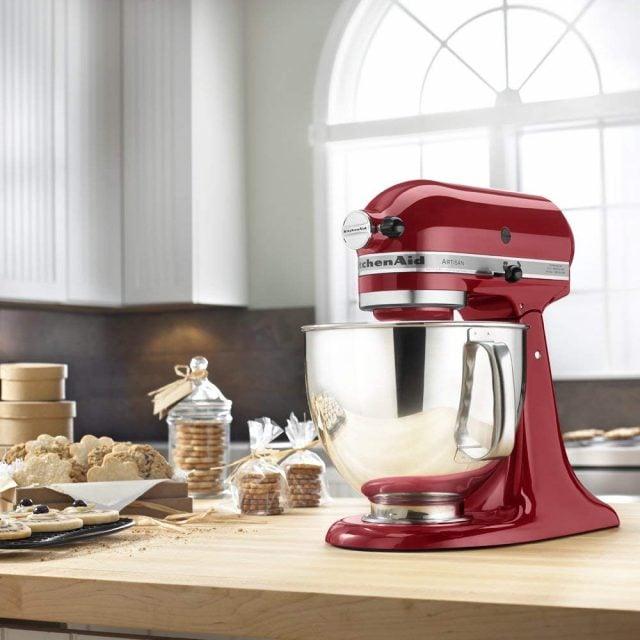 RED-kitchenaid-mixer