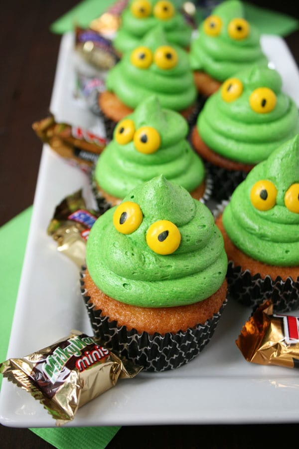 Green ghost cupcakes