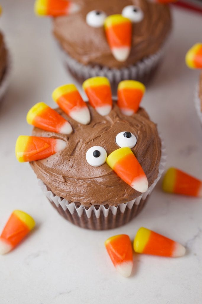 Thanksgiving turkey brownie cupcakes