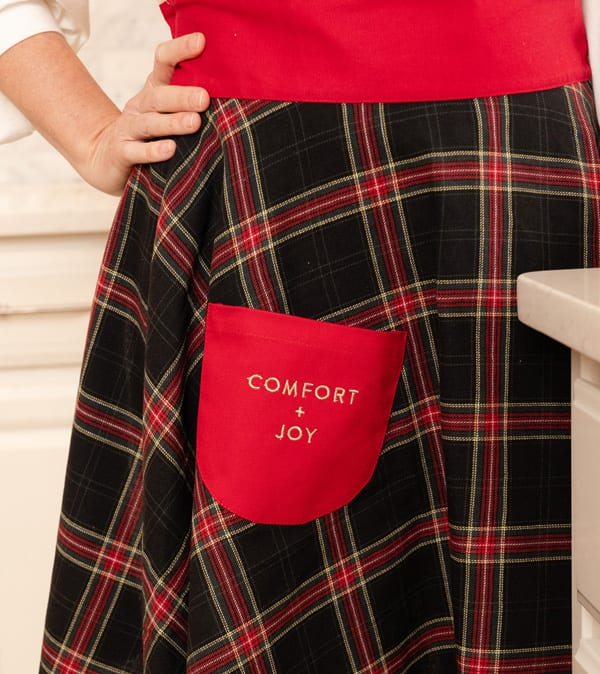 Simply Christmas black plaid apron red pocket