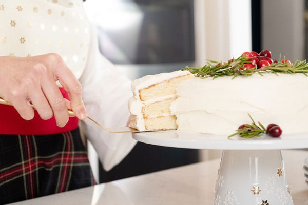 Cutting the simple Christmas cake
