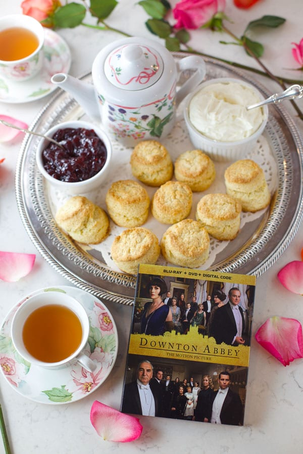 Cream scones Downton Abbey style