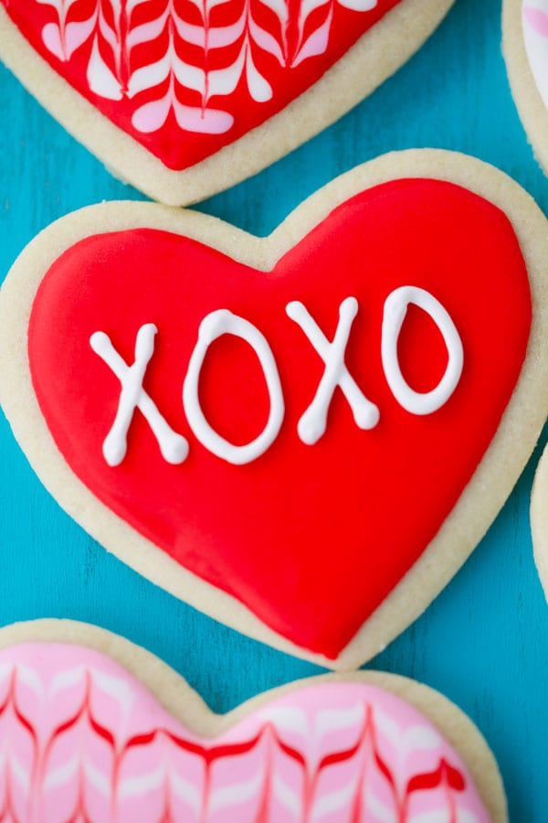 Heart cookie with xoxo