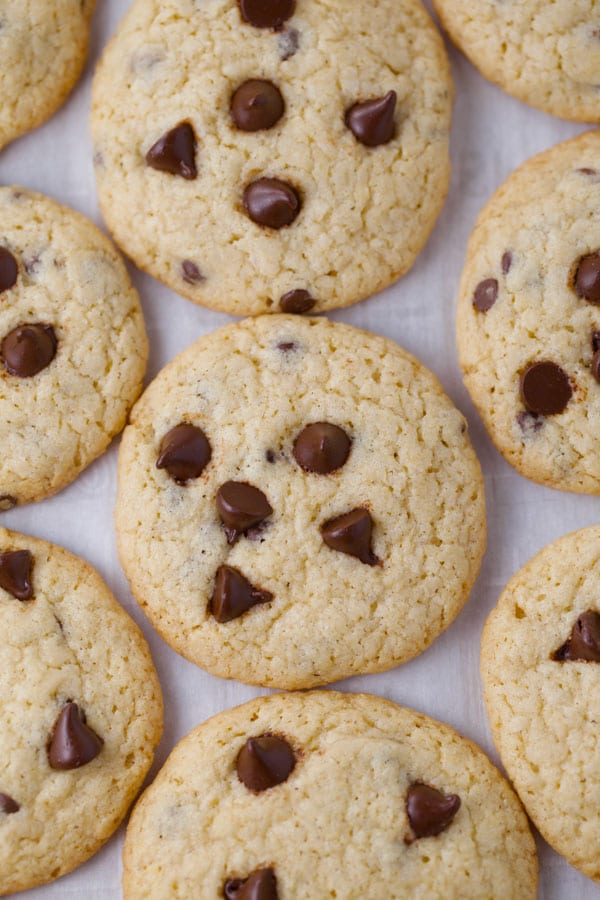 Nestle tollhouse chocolate chip cookies