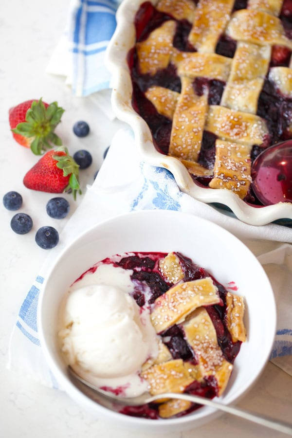 Easy Mixed berry cobbler with lattice crust