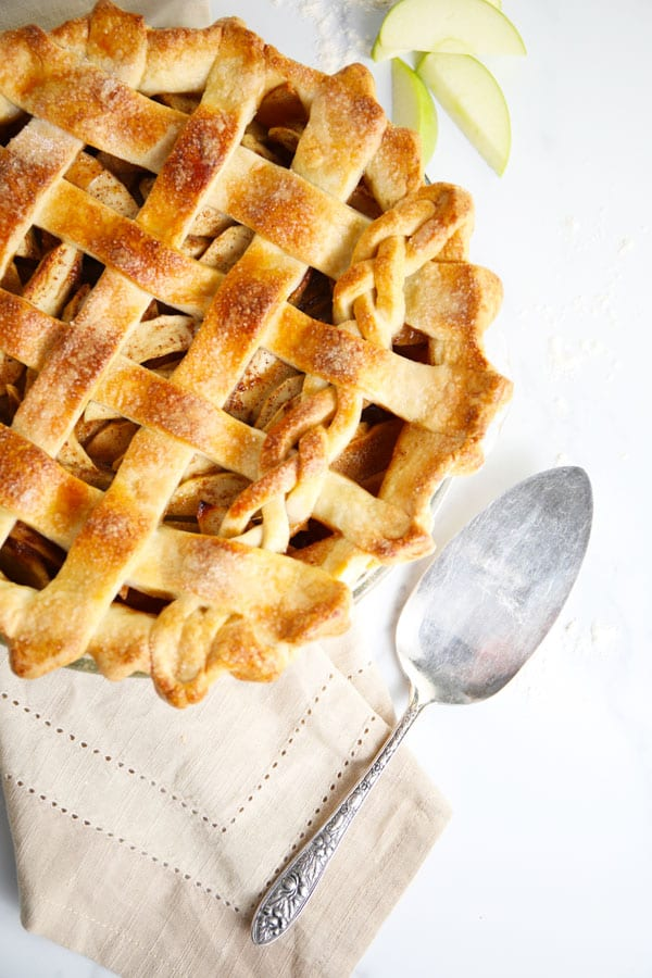 Old fashioned apple pie with flaky crust