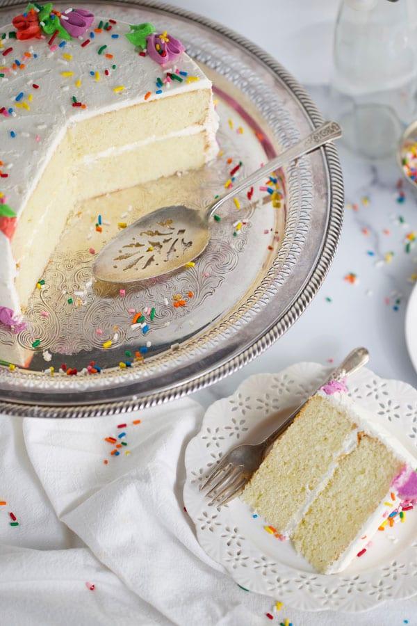 Classic white butter cake
