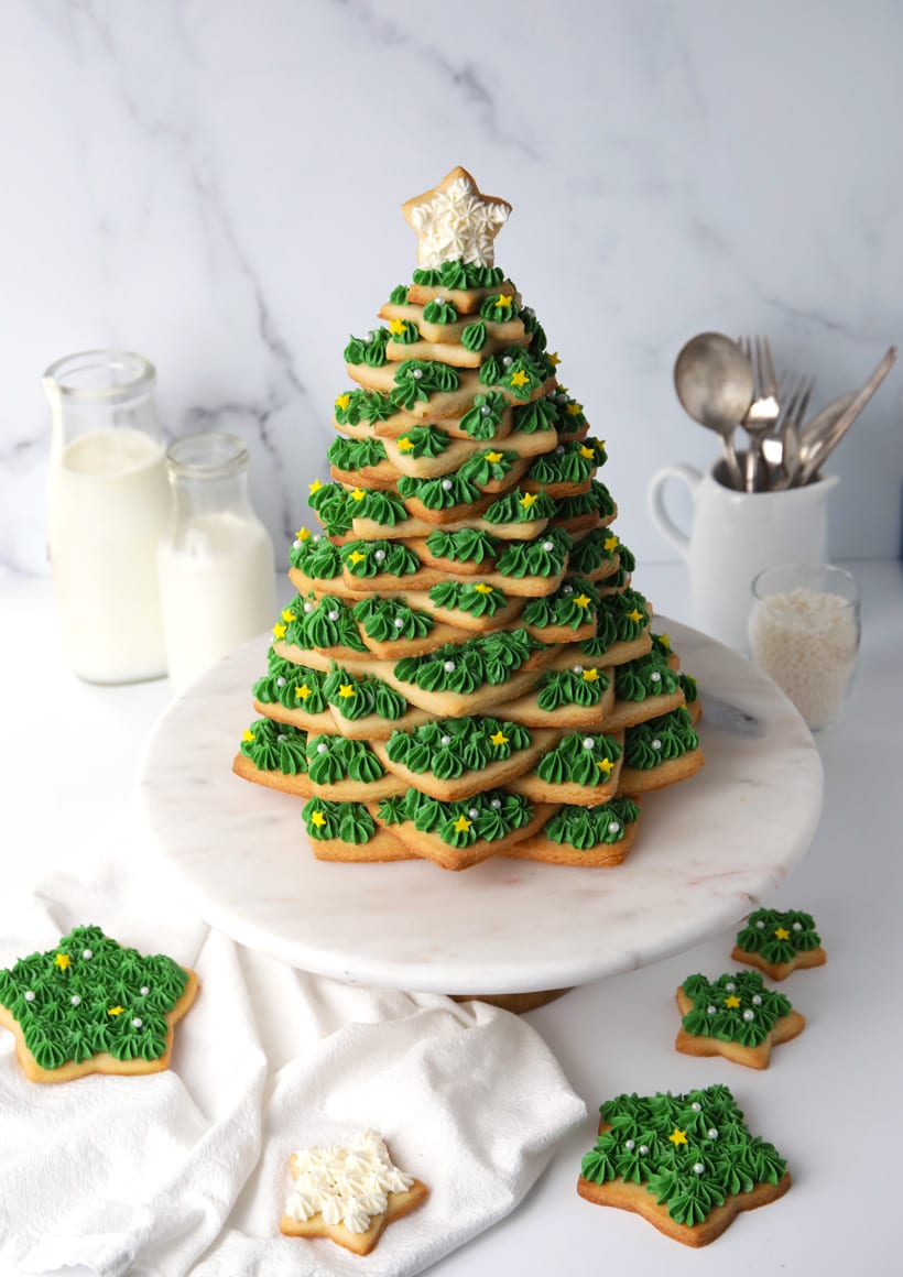 How to make a Christmas sugar cookie tree with buttercream frosting