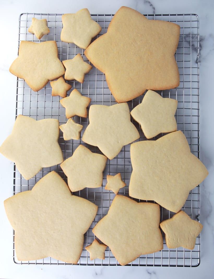 Star cookies for a Christmas cookie tree sugar cookies