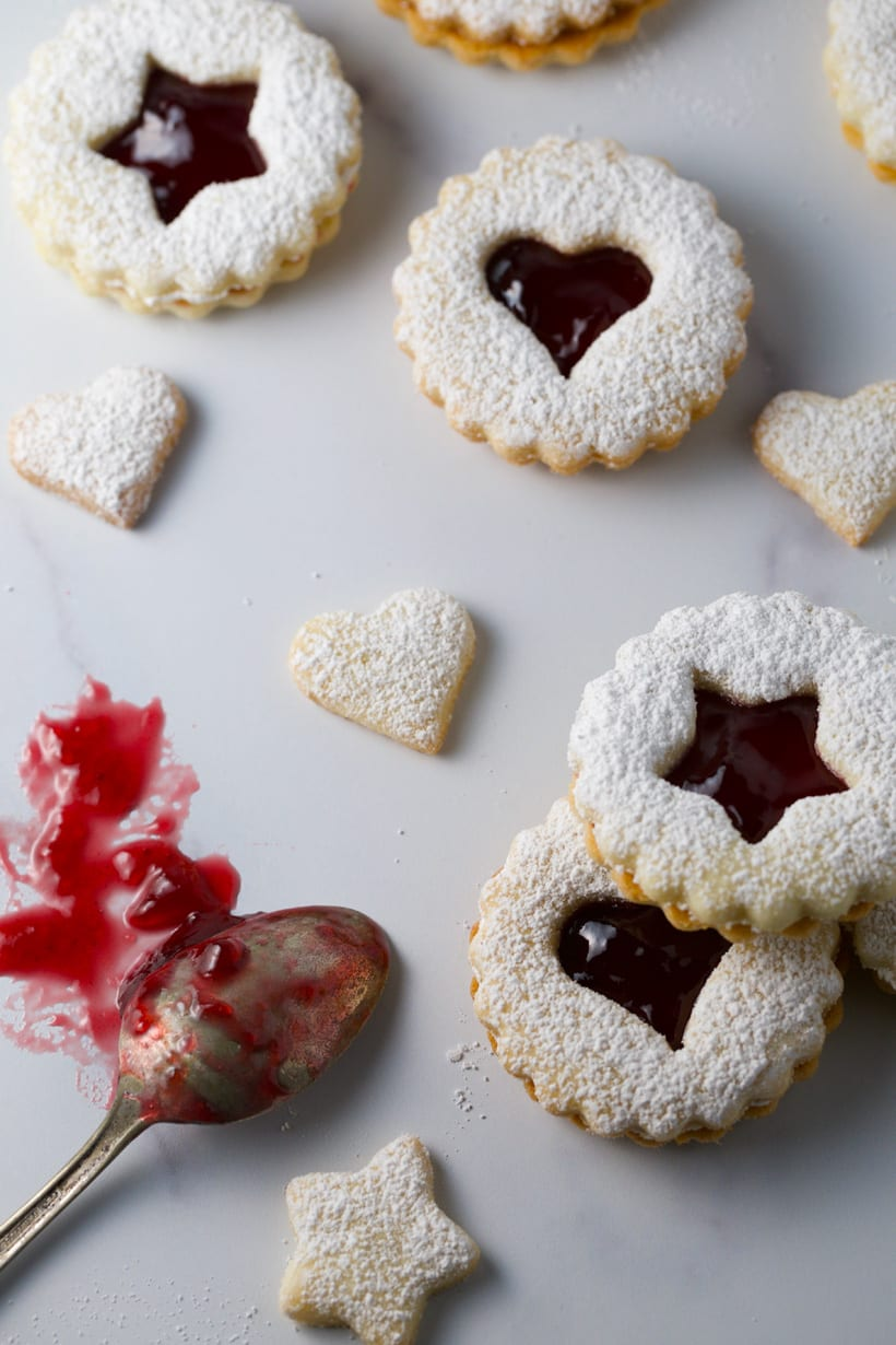 Christmas cookies famous linzer cookies filled with raspberry jam