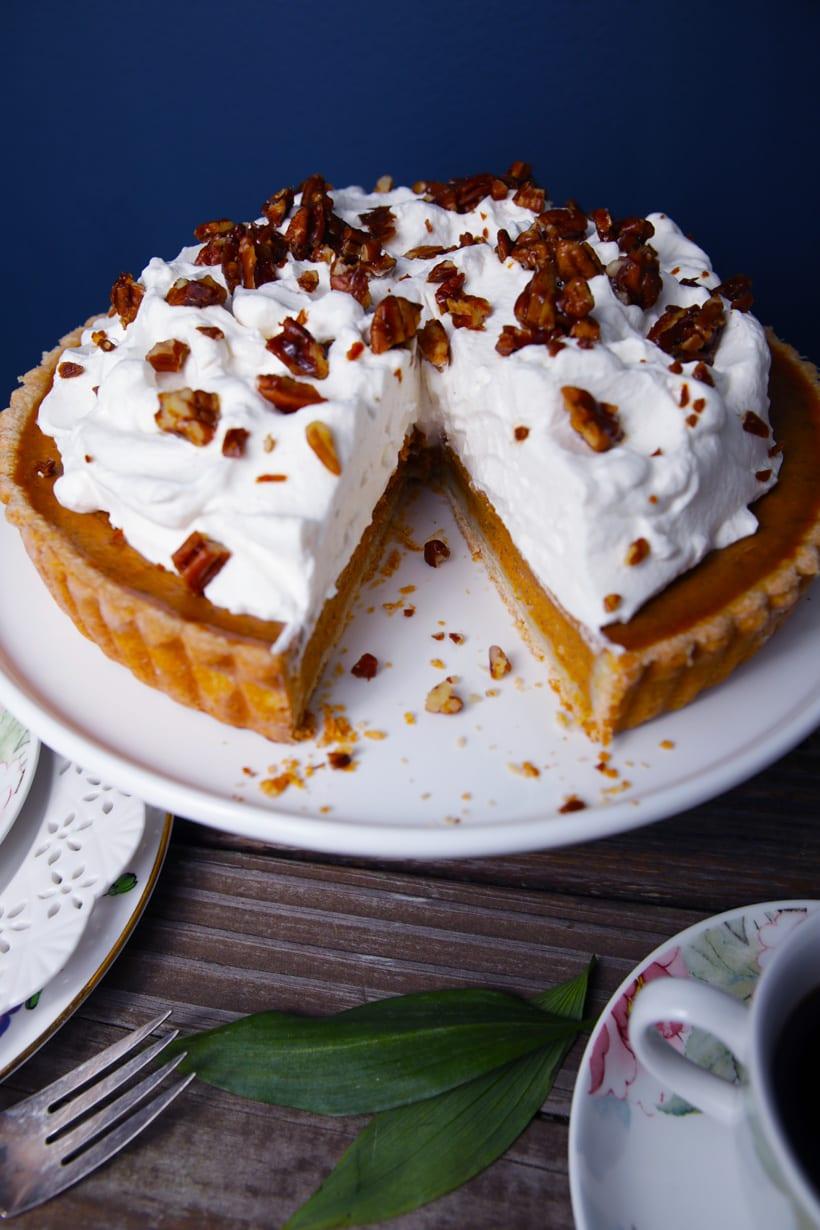 The best turtle pumpkin pie tart recipe