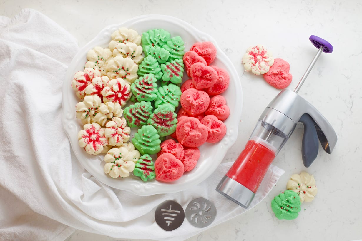 How to use a cookie press to make spritz cookies