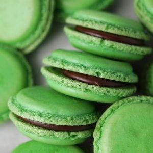 The best chocolate mint macarons recipe