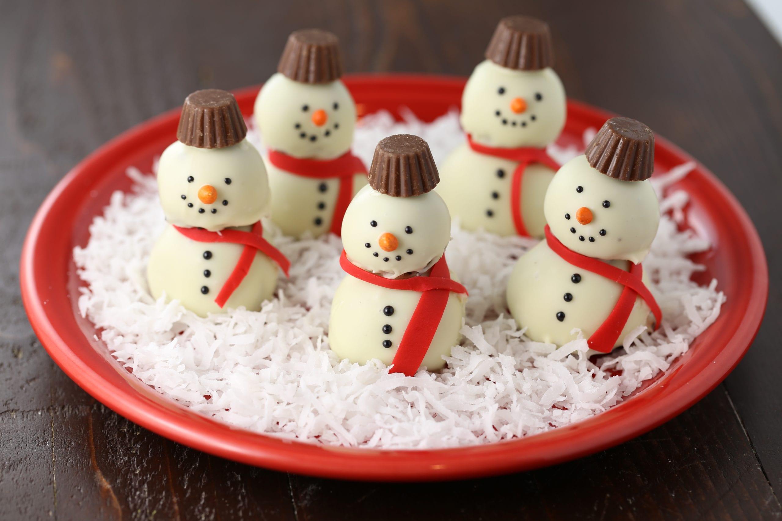 Snowman oreo cookie balls holiday recipe